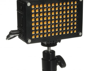 Cineroid On-Camera LED Light